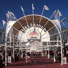30th Anniversary Entrance to Disneyland c. 1985