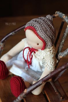 woodland sprite bonnet  #maizymooknits