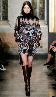 Emilio Pucci (Modella: Lily McMenamy)  | Fall/Winter 2014-2015 Trendy Boots | #runway #outfit #inspiration #fashion