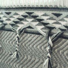 Danielle Morsette, contemporary Coast Salish weaver | Tissus du monde
