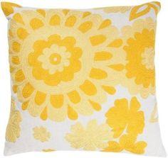 Un autre oreiller assez jaune.  par selena