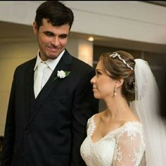 Nossa noivinha linda Juliana Andrade com tiara de laço #mairabumachar #noivas #noivasmb #bride