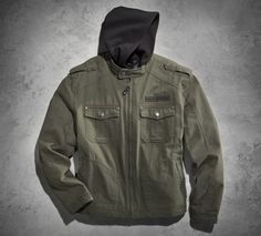 With the Road Warrior 3-in-1 Cotton Canvas Jacket there are no limits. A removable hoodie can be worn separately or under the jacket for an added layer of warmth.