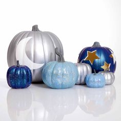 This Halloween your fall decorations will be out-of-this-world with these fun and funky Galaxy pumpkins. Use our Hot Knife tool to smoothly cut out space shapes and paint with FolkArt Glitterific for added sparkle.
