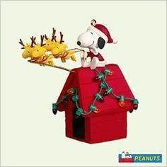 hallmark snoopy figurines | HALLMARK 2005 PEANUTS SANTA BEAGLE AND FRIENDS SNOOPY | eBay