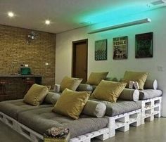 DIY Homemade Theater Seating Made Out Of Pallets...Click for More Options!