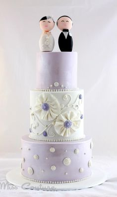 Lilac & White Shiny Wedding Cake Photo
