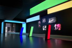 Lightboxes with RGB lights: the perfect eyecatcher for your stand!