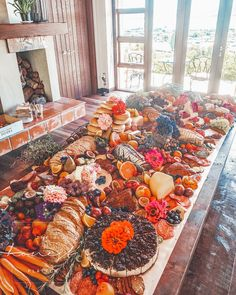 Beautiful and delicious grazing tables and platters in the Bay of Plenty & Coromandel, NZ! Food Centerpieces, Grazing Tables, Charity Event, Food Platters, We The Best, Food Safety, Charcuterie Board, Summer Time, Ethnic Recipes