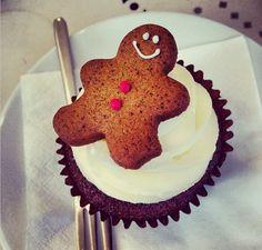 www.peggyporschen.com Gingerbread Cupcakes are YUM!