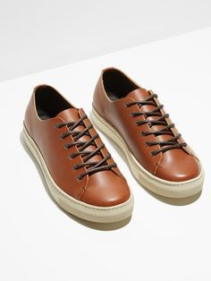 Minimal classic styling in timeless premium materials, these essential sneakers are set to hit the streets season after season and blend efforlessly with a multitude of looks.Oiled pull-up leather upperLeather insoleRubber