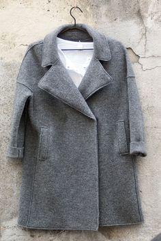#coat #gret de @tcntotoncomella en #nelybelula #conceptstore #fw16