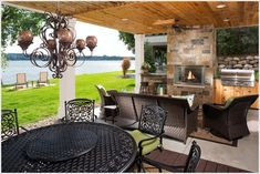 Outdoor Dining and Living Space
