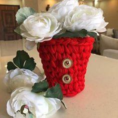 Hashtag #sepetvideo en Instagram • Fotos y videos Crochet Video, Photo And Video, Image, Instagram, Couture, Basket Weave Crochet, Embellishments, Cushions, Crochet Basket Pattern