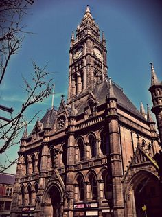 Middlesbrough Town Hall - location for the drop off of the kidnap ransom money in 'Teesside Missed' Middlesbrough Town Hall, Stockton On Tees, Home History, Moving To Canada, North East England, Isle Of Wight, Take Me Home, East Sussex, North Yorkshire