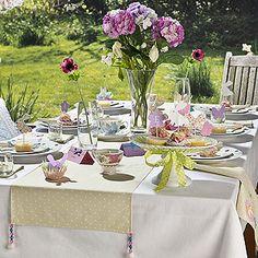 Luxury Party Table Runner Ideas