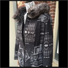 Coat/jacket Green Envy coat. Southwest Aztec print blanket with faux fur around the hood. No size tag but is a medium. Lightweight. Green Envy Jackets & Coats