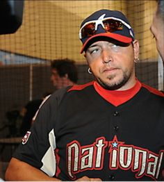 Jason Aldean in a baseball uniform!!! Holy crap!!!