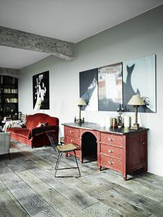 Where Industrial Meets Design Classics: A Dream Parisian Loft : Louis and Sarah Bonard