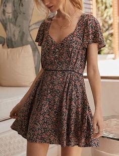 Summer Fashion Outfits, 90s Fashion, Boho Fashion, Fashion Dresses, Fashion Looks, Trendy Fashion, Fashion Ideas, Casual Dresses For Women, Dresses For Work