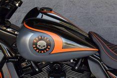 Harley-Davidson Street Glide bagger custom by The Bike Exchange 5 Harley Davidson Chopper, Harley Davidson Street Glide, Harley Davidson Motorcycles, Custom Motorcycles, Custom Bikes, Custom Baggers, Triumph Motorcycles, Bagger Motorcycle, Motorcycle Tips