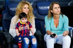 Shakira and Montserrat Bernabeu, Gerard Pique's mother, play with Milan prior to the La Liga match between FC Barcelona and Sevilla FC at Camp Nou on September 2013 in Barcelona, Spain. (Photo by David Ramos/Getty Images) Barcelona Spain, Beckham, Milan Pique, Shakira And Gerard Pique, David Ramos, Soccer Stars, Cute Celebrities, Beautiful Family, Warrior Princess