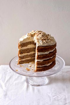 The Kate Tin: Spiced sweet potato cake with Muscovado frosting