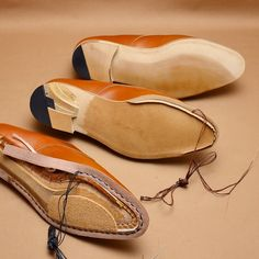 Process of shoemaking, from welting to finishing #hiroyanagimachi #bespokeshoes #shoemaking #handsewnwelted