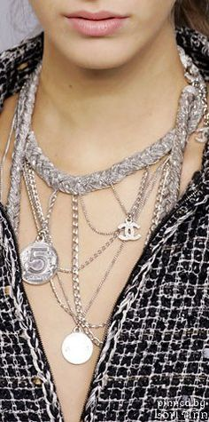 ~Chanel Spring 2006 Accessories | The House of Beccaria