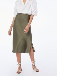 STYLECASTER | FRAME Wash and Go Silk Collection | machine washable silk | washable silk clothing | silk dress | silk top | silk skirt | silk skirt outfit