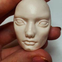 First time trying to sculpt an adult mans face #artdoll #sculpture #workinprogress #octoplum #art #artist #fimo #ooak #ooakartdoll #wip