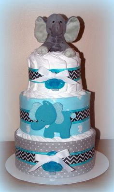 #elephantdiapercake cute and adorable video and guide on how to create an elephant diaper cake.