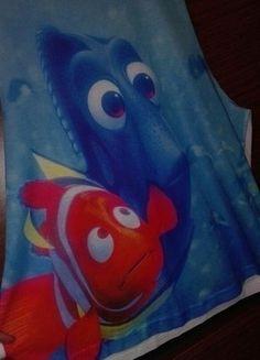 Kup mój przedmiot na #vintedpl http://www.vinted.pl/damska-odziez/koszulki-na-ramiaczkach-koszulki-bez-rekawow/15584708-koszulka-oversize-z-motywem-z-disneya-nemo-i-dori