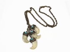 Vintage Tiger Claw Necklace Faux Tiger Claw Blue Enamel