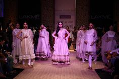 Reliance Jewels Presented Padma Shree Ritu Kumars`s Stunning Exotic Vintage Collection At Lakmé Fashion Week Winter/Festive 2013 To End Day Four