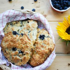 These blueberry chocolate cream cheese scones are delicate, crispy on the outside, crumbly on the inside, with a balance of flavors, the blueberries juicy plump, to the sweetness of the melted chocolate, and little creamy morsel gems of cream cheese, with that taste of the lemon zest fresh.