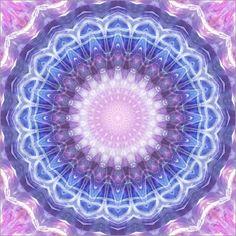 Poster Mandala kosmische Energie von Christine Bässler neu im Shop