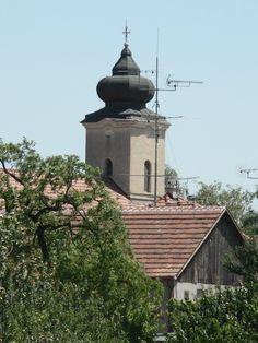 Klacany pri Trnave - Kostolna veza - pohlad z pola
