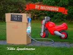 Thema verkeer: Benzinepomp knutselen | thema verkeer knutselen | benzinepomp knutselen | benzinepomp speelgoed Diesel, Traffic Light, School Themes, Fun Activities For Kids, Tricycle, Child Development, Diy For Kids, Outdoor Power Equipment, Party Time