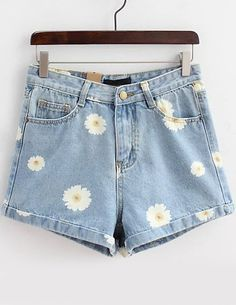 Light Blue Daisy Print Denim Shorts -SheIn(Sheinside)