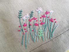 감성있는 실꽃 : 카카오스토리 Simple Embroidery, Elsa, Afternoon Tea, Minis, Cocktail, Crafts, Craft Ideas, Needlepoint, Gatos