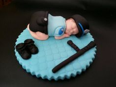 Check out this item in my Etsy shop https://www.etsy.com/listing/234586230/fondant-police-big-baby-cake-topper
