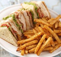 Club Sandwich Get is a quick and easy snack to deal your hunger. Club sandwich recipe is a tasty twist in traditional recipes. Just perfect for lunches and picnics. Easy Sandwich Recipes, Easy Dinner Recipes, Vegan Sandwiches, Simple Recipes, Cooking Recipes, Healthy Recipes, Vitamix Recipes, Tofu Recipes, Healthy Appetizers