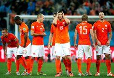 Teleurstelling bij de spelers na verlies door strafschoppen tegen Argentinië in de halve finale 9 juli 2014.