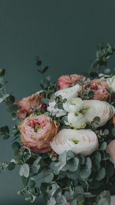 Bouquet flowers [2160x3840]