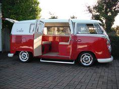 VW KombI- I love this!
