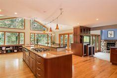 7839 Big Timber Trl  Middleton , WI  53562  - $500,000  #MiddletonWI #MiddletonWIRealEstate Click for more pics