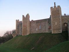 Framlingham Castle, setting for several of Elizabeth Chadwick novels
