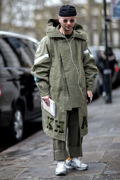 On the street at London's fall 2016 men's fashion week. Photo: Imaxtree.
