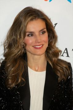 MYROYALS &HOLLYWOOD FASHİON: Prince Felipe and Princess Letizia Attends an Anniversary Party in Madrid